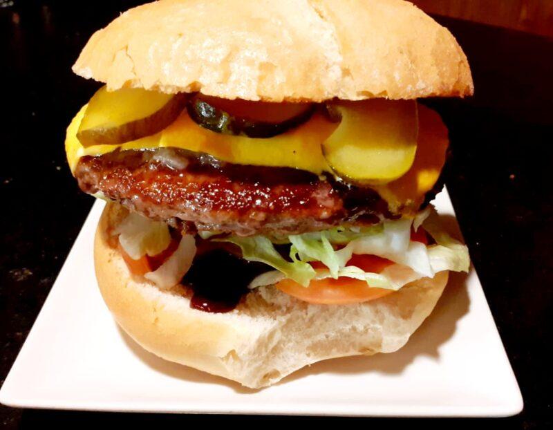 Hamburguesa Chicago – Cafetería La Catedral