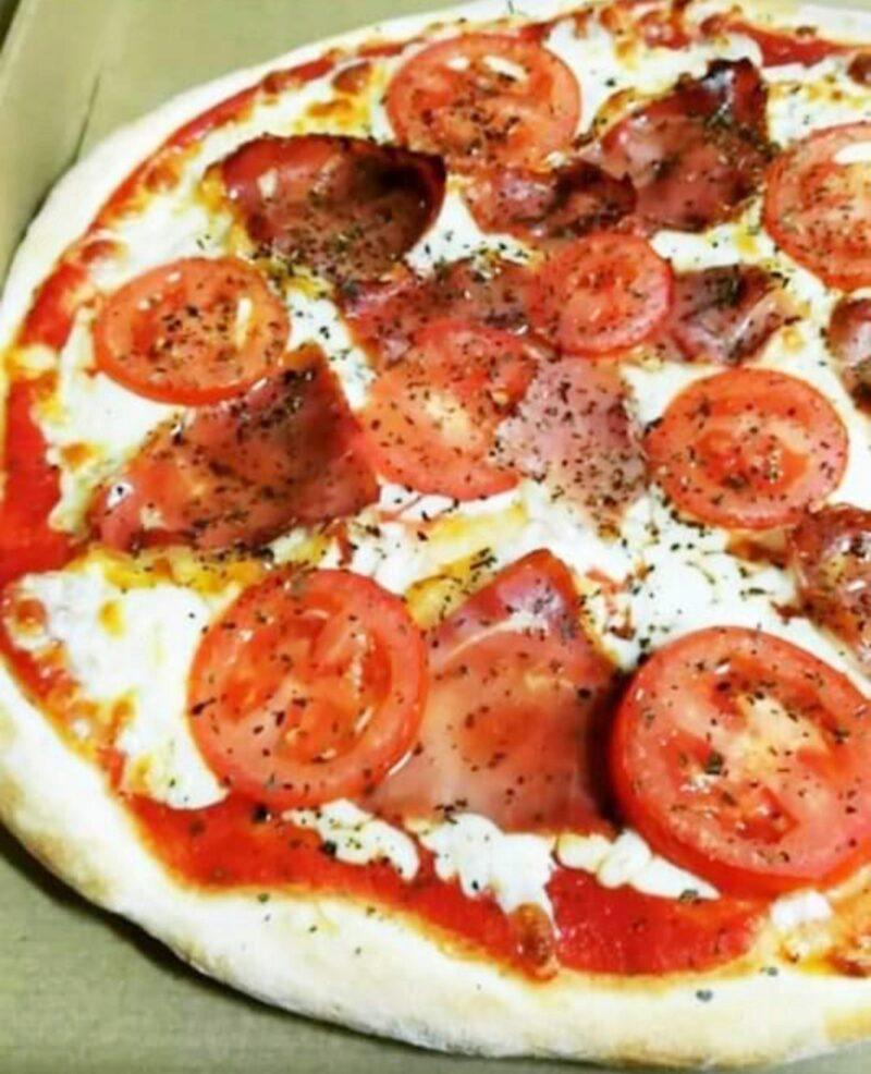 ¿Viernes de pizza? – Pizzería Famiglia